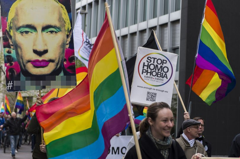 LGBT-ativists-rally-in-front-of-Russian-Embassynu