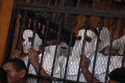 """Cairo 52"": 52 muškarca uhapšena su 11 maja 2001 u klubu na vodi ""Queen Boat"" u Kairu"